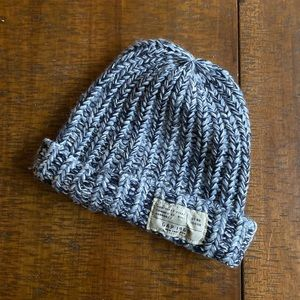 Gap knit hat